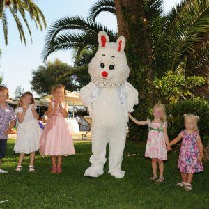 anniversaire enfant mascotte lapin